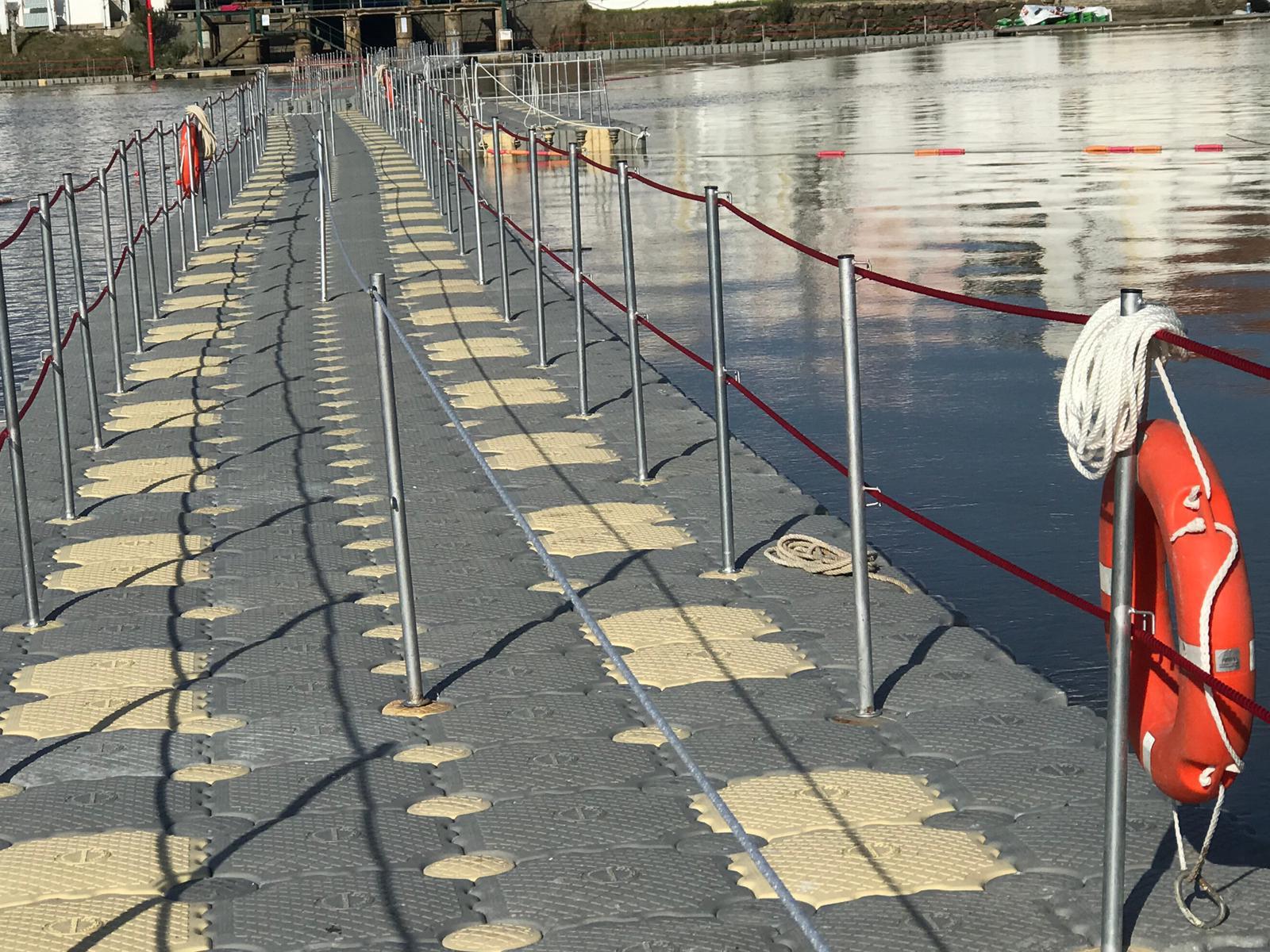 Puente-flotante-pasarela-flotante-feria-contrabando-Unibis10